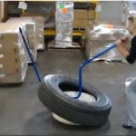 Blue Cobra tubeless radial truck tire demounting video