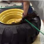 Ken-Tool: 21L-24 Backhoe Tire Being Dismounted video